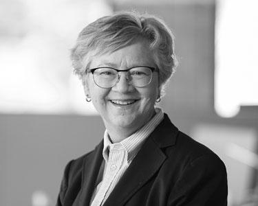 Dr. Linda Lee, MBA, CIC